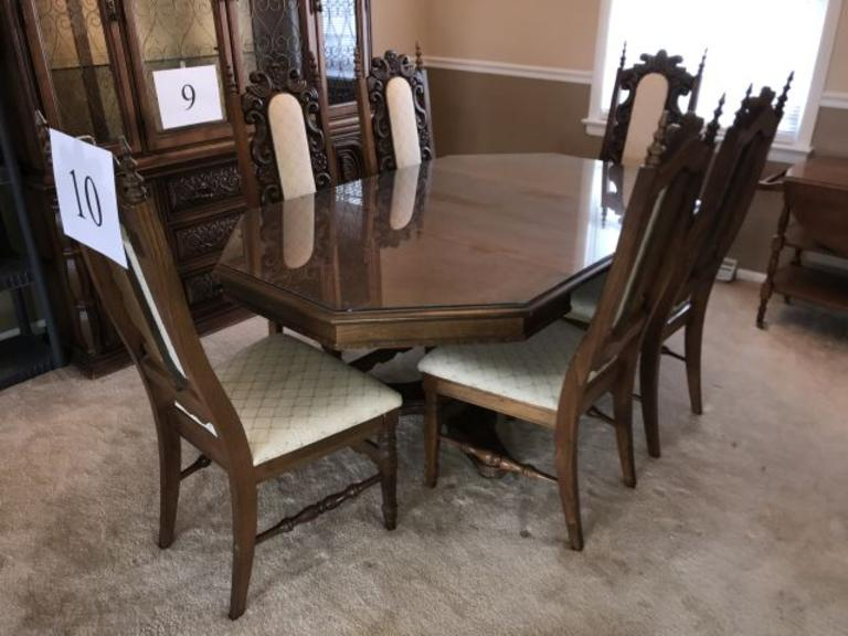 7PC BASSETT ORNATE DINING ROOM TABLE & CHAIRS