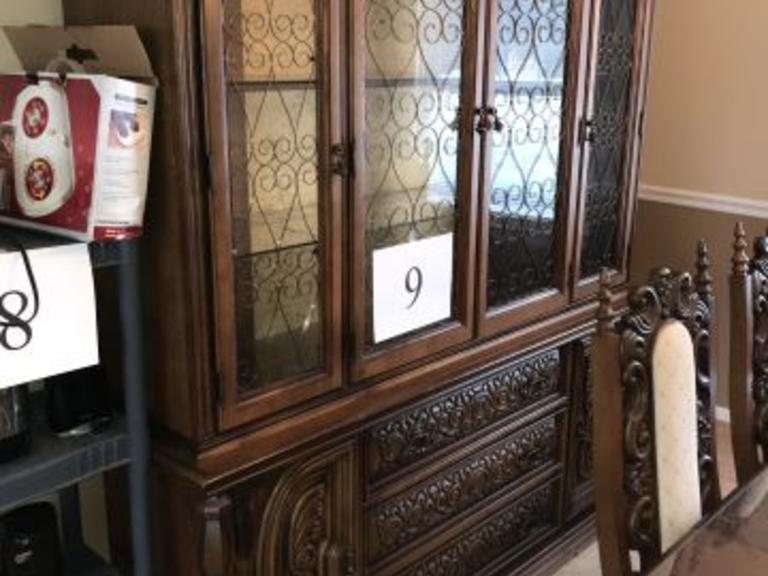 6 DOOR 3 DRAWER ORNATE SCROLL BASSETT LIGHTED CHINA CABINET
