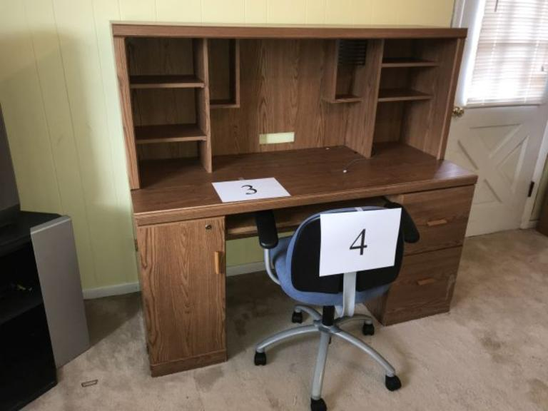 2 DRAWER MULTIMEDIA DESK- VERY USED CONDITION, NO KEY