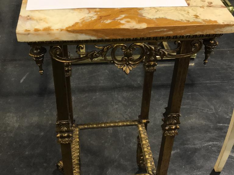 MARBLE SQUARE TOP PEDESTAL
