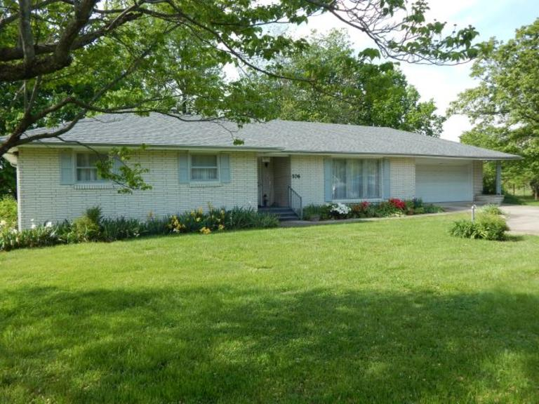 Well Maintained – One Level  +/-2,193 Sq. Ft. Under roof – 3 BR – 2 Bath – 2 Car Garage